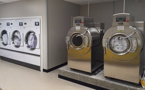 UniMac equipment installed in hotel laundry facility.